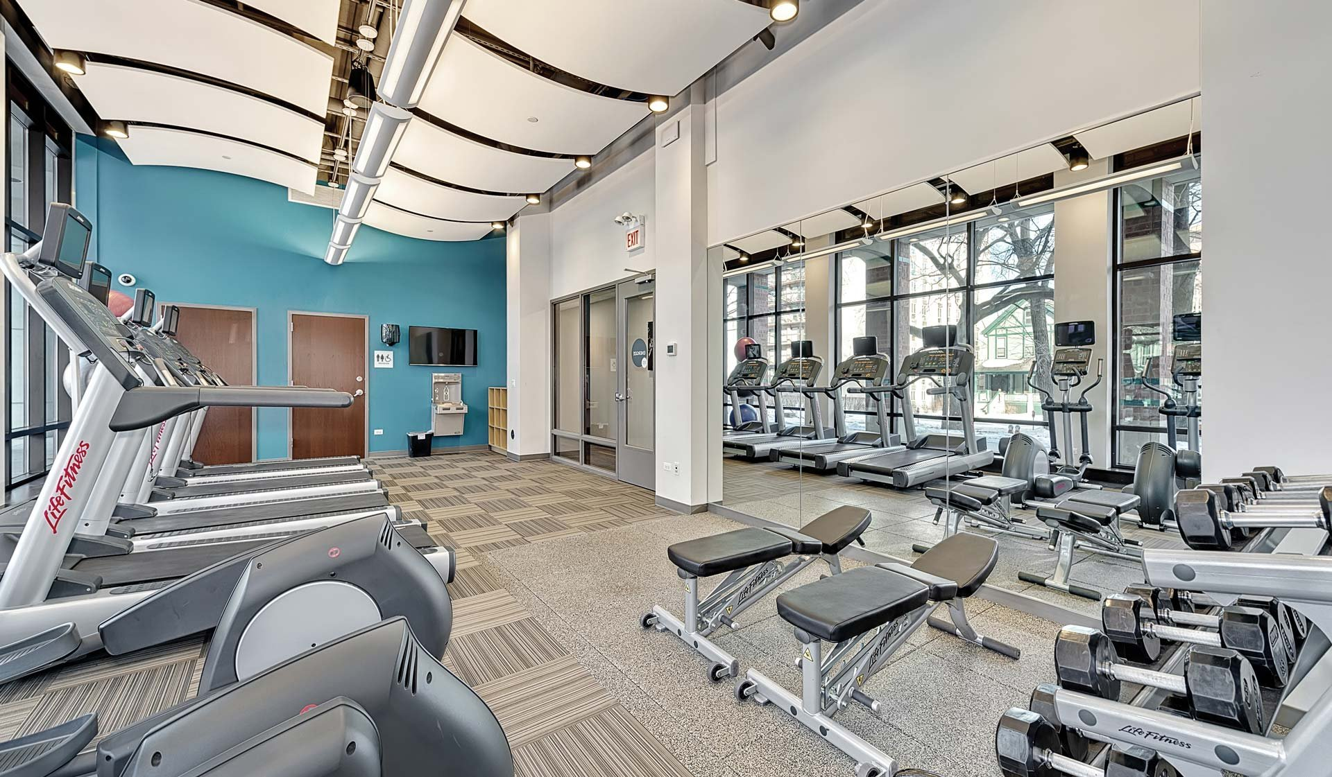Chicago, IL Apartments for rent at Evanston Place Apartments - Fitness Center